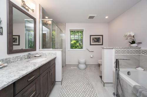 Barrhaven Bathroom and Kitchen Renovation experts 8
